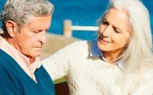 Cómo tratar a una persona con Alzhéimer que nos acusa de robarle algo